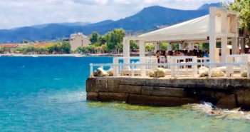 Selianitika Meer Taverne Essen Freien Peloponnes Griechenland