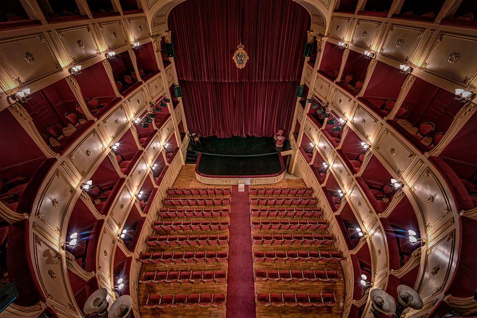 Apollon Theater Syros