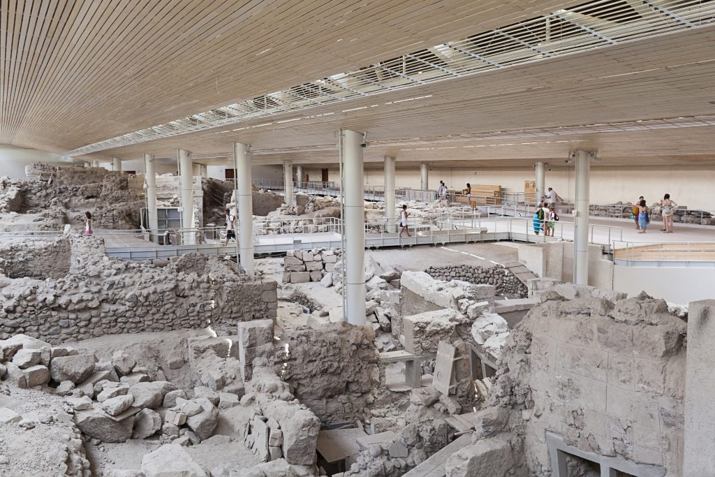 the-akrotiri-archaeological-site-in-santorini-one-of-the-most-important-sites-in-greece-1024x683