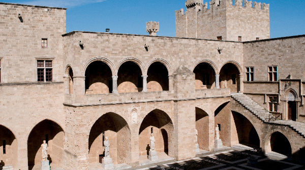 Archaeological-Museum-of-Rhodes1-Palace-of-the-Grand-Master-of-the-Knights-of-Rhodes