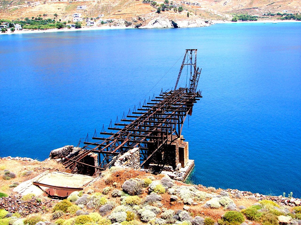 A@a_old_mine_1_near_Mega_Livadi_Serifos_Greece_-_panoramio