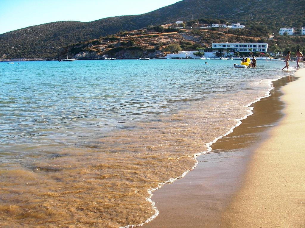 08 Platy Yialos beach
